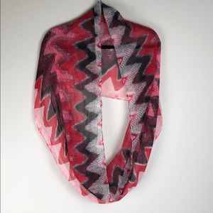 Lavello Infinity Fashion Scarf With  Wave Pattern